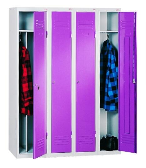 Выбор металлических шкафов для одежды